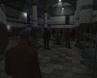 Во время вступительной экскурсии по тюрьме нам позволят поиграть от третьего лица. Мелочь, а приятно.